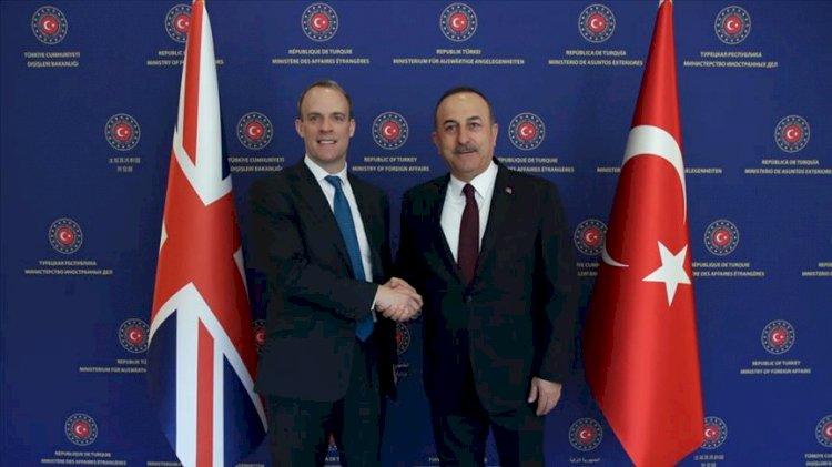 Çavuşoğlu İngiliz mevkidaşı ile görüştü