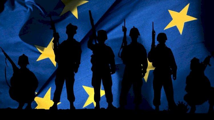 AB, ABD'nin koruma kalkanından çıkıyor mu? Brüksel'de dikkat çeken zirve