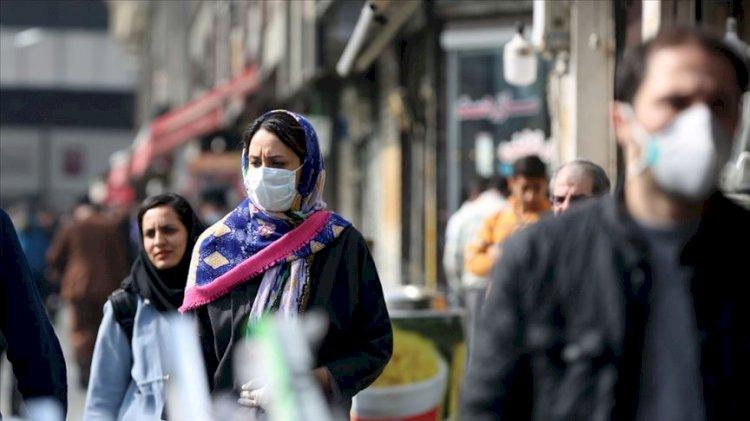 İran'da 'koronavirüs' istifası