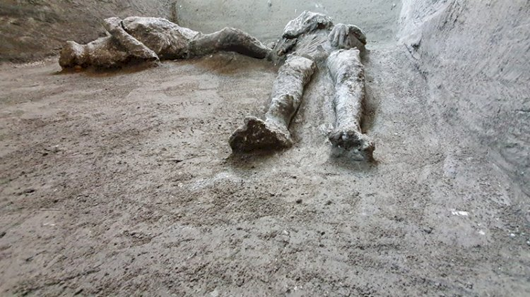 Dünya bu görüntüleri konuşuyor: Pompeii'de yeni kalıntılar bulundu