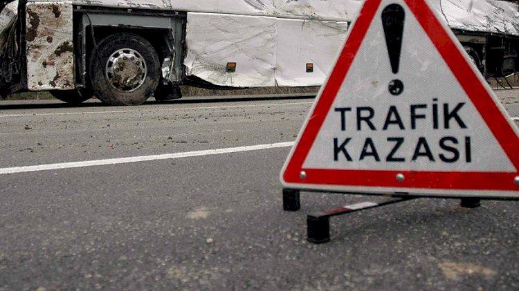 Trabzon'da facia: TIR ile yolcu minibüsü çarpıştı