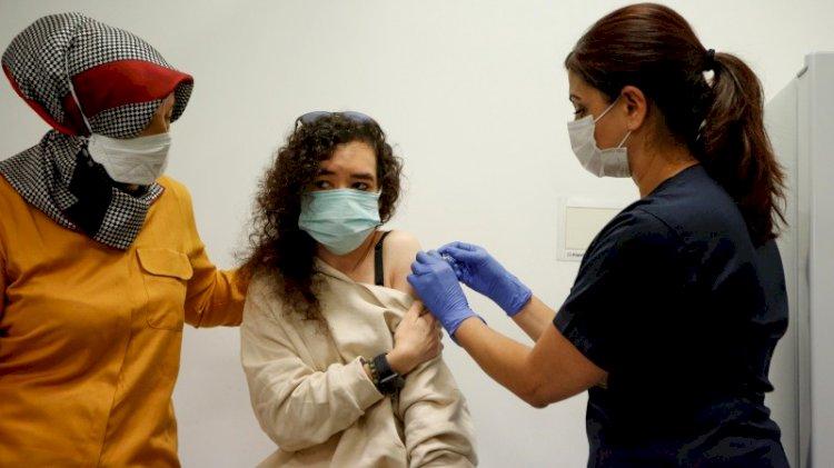 Ankara'da başladı... Çin aşısının ilk gönüllüsü onlar oldu