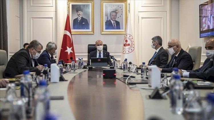 Ankara'da koronavirüs zirvesi…Süleyman Soylu 81 il valisi ile görüştü