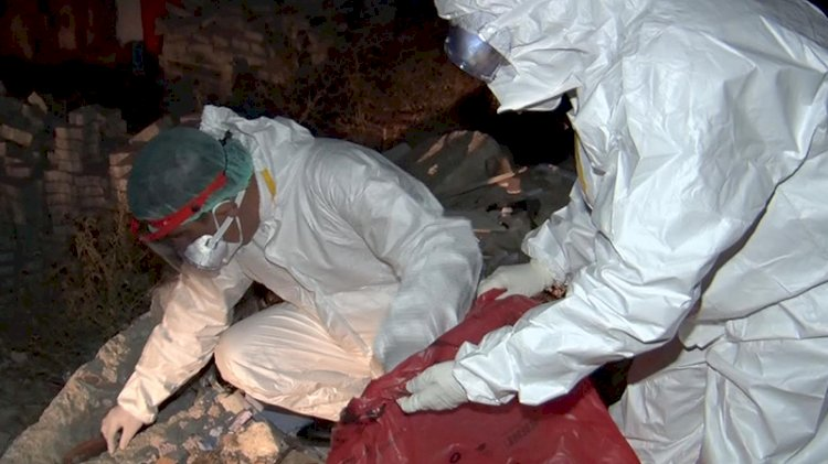 Ankara'da mahalle arasında atık tahlil tüpleri bulundu