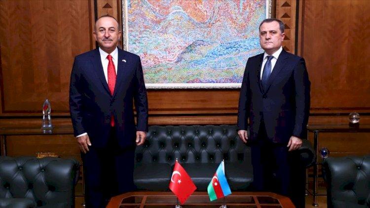 Mevlüt Çavuşoğlu Azerbaycanlı mevkidaşı ile görüştü