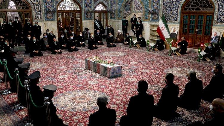 İran yasta: Nükleer bilimci Fahrizade için cenaze töreni düzenlendi