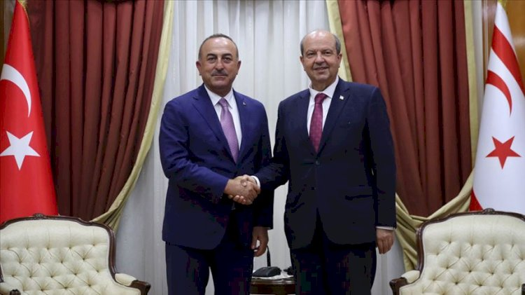 Mevlüt Çavuşoğlu Ersin Tatar ile görüştü
