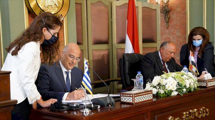 Yunanistan Savunma Bakanı Mısır'da: Kahire'de 'askeri iş birliği' zirvesi