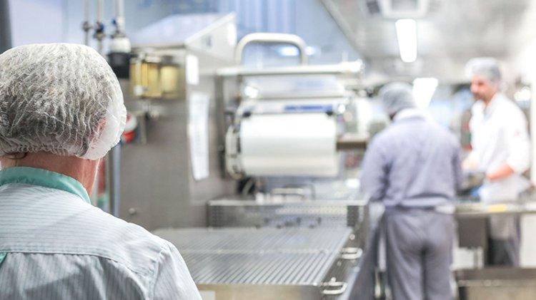 Kovidli veya temaslı olan çalışanın maaşında kesinti iddiası