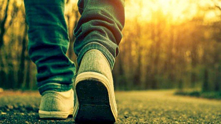 Eşiyle tartışıp sakinleşmek için 450 kilometre yürüdü