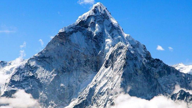 Everest Dağı'nın bilinenden daha yüksek olduğu tespit edildi
