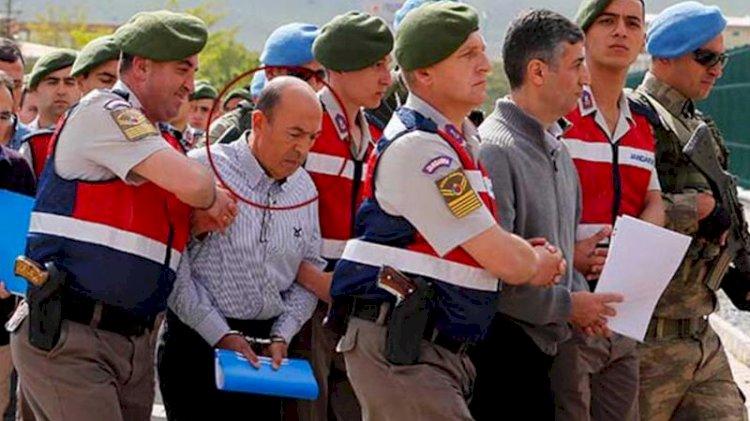 Darbeci generalin emir subayı 'ankesöre' takıldı