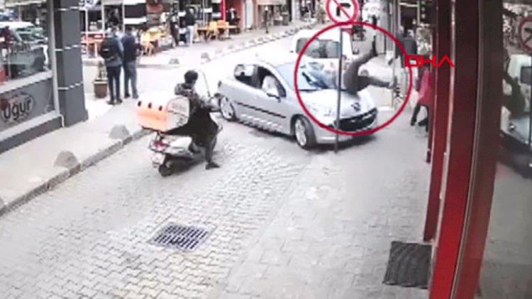 Otomobil çarptığı yaya ile birlikte restorana girdi