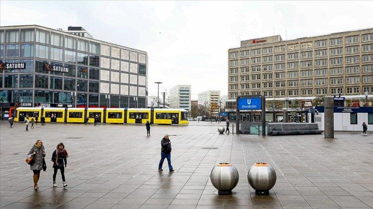 Almanya 10 Ocak'a kadar kapandı