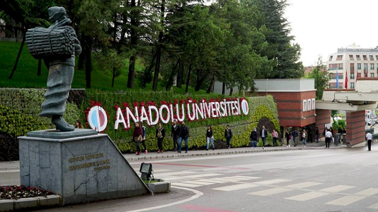 Anadolu Üniversitesi'nden 'ek sınav hakkı' açıklaması