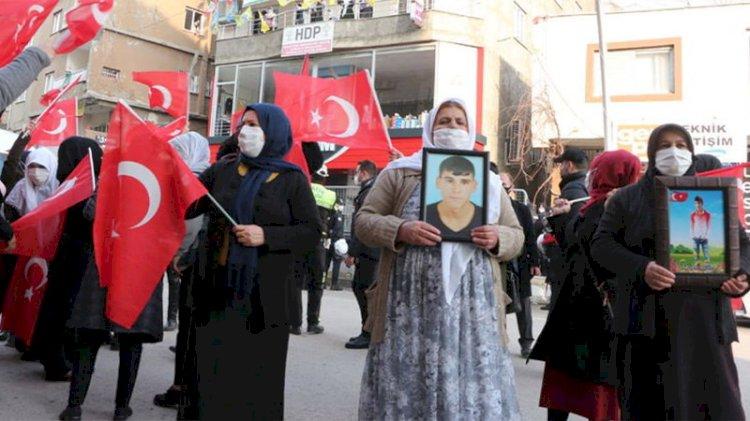 HDP terör mağduru annelere saldırdı!