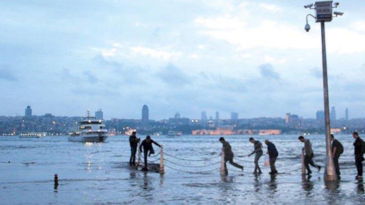 'İstanbul'da deniz yükseldi... Altyapı tehlikede'