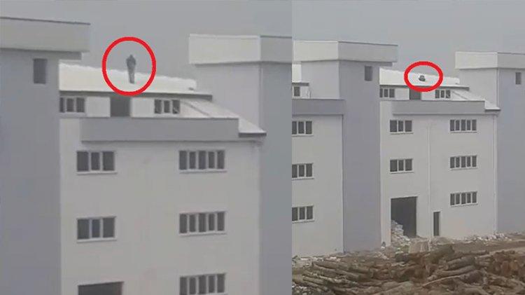 5 katlı fabrikanın çatısında namaz kıldı!