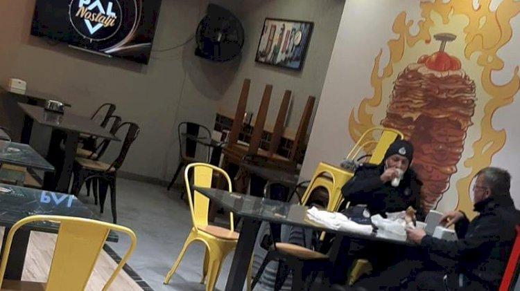 Zabıta memurları koronavirüs yasaklarını deldi, lokantada yemek yedi