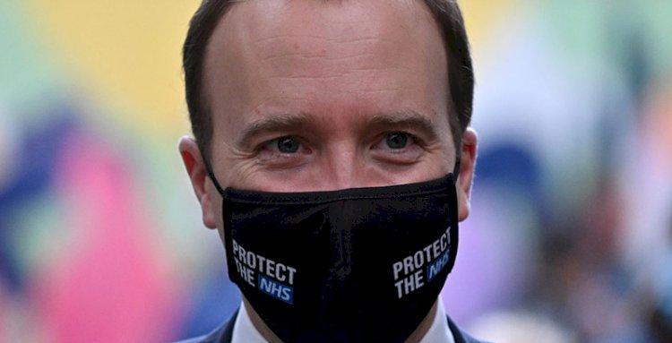 İngiltere Sağlık Bakanı: Koronavirüsün yeni formu kontrolden çıktı