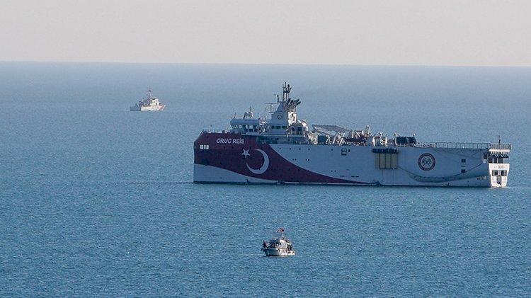 Oruç Reis kararına Amiral Cem Gürdeniz'den tepki: Ciddi geri çekilmedir!