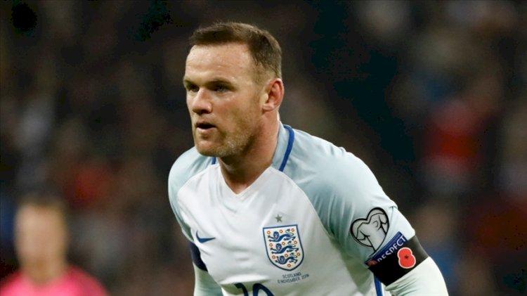 Wayne Rooney futbolu bıraktı, teknik direktör oldu