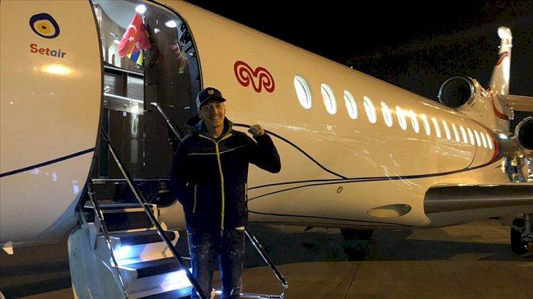 Mesut Özil İstanbul'a geldi