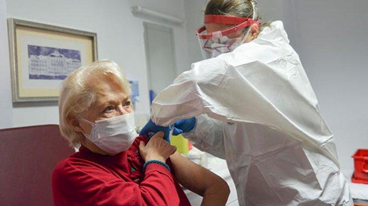 Huzurevlerinde, aşıdan sonra tedbirler gevşetilecek müjdesi