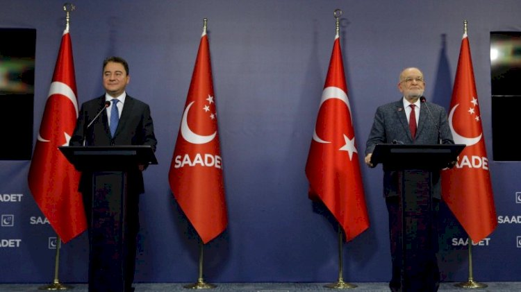 Karamollaoğlu AKP'ye göz mü kırptı?