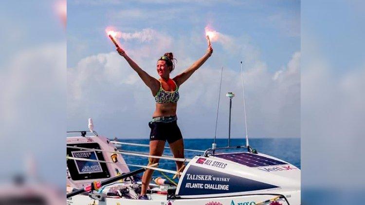 Atlantik Okyanusu'nu tek başına kürek çekerek geçen en genç kadın oldu