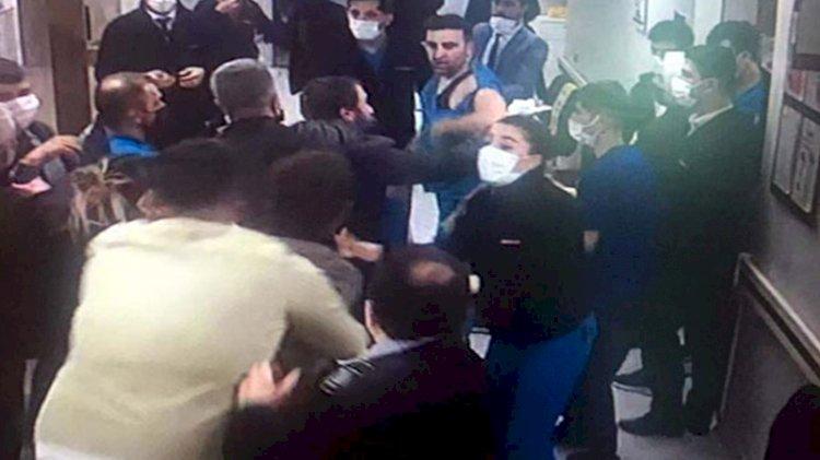 Hasta yakınlarından sağlık çalışanlarına saldırı!