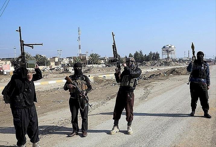 ABD IŞİD'li teröristleri  Deyr ez-Zor'a taşıdı