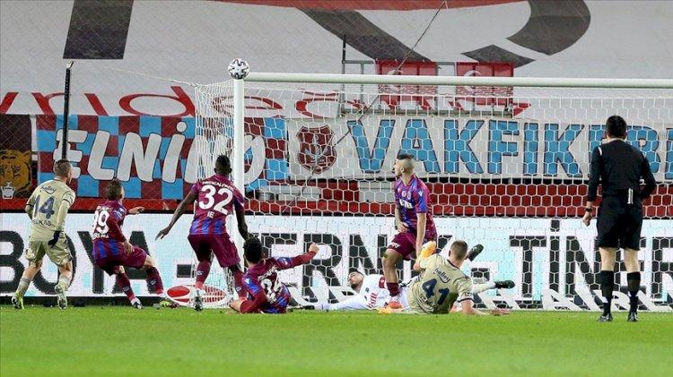 Pelkas attı Fenerbahçe Trabzonspor'dan üç puan aldı
