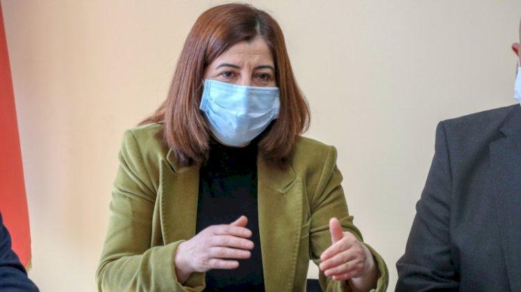 AKP'den 'lebaleb' savunması... Kongreler değil ev hanımları suçlu!