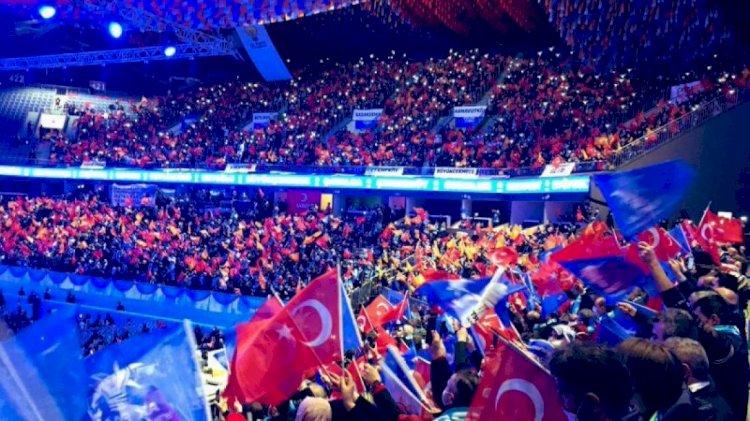 Fatih Altaylı'dan 'lebaleb' sorusu: Yasaklar AK Parti kongrelerini de kapsıyor mu?