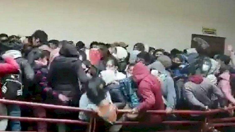 Üniversitede facia! 7 öğrenci hayatını kaybetti