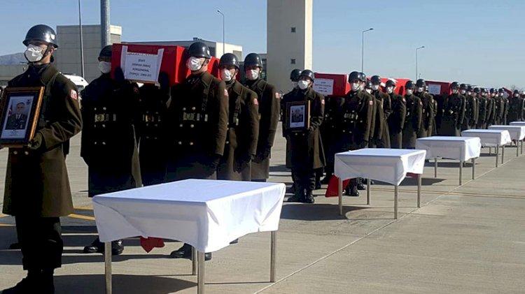 Bitlis şehitlerimiz için Elazığ'da tören