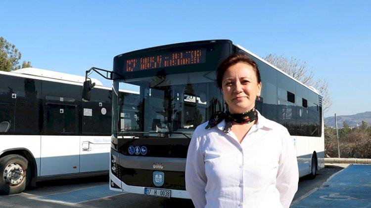 Kadının gücü! Üniversite mezunu 3 çocuk annesi, özel halk otobüsü şoförlüğü yapıyor