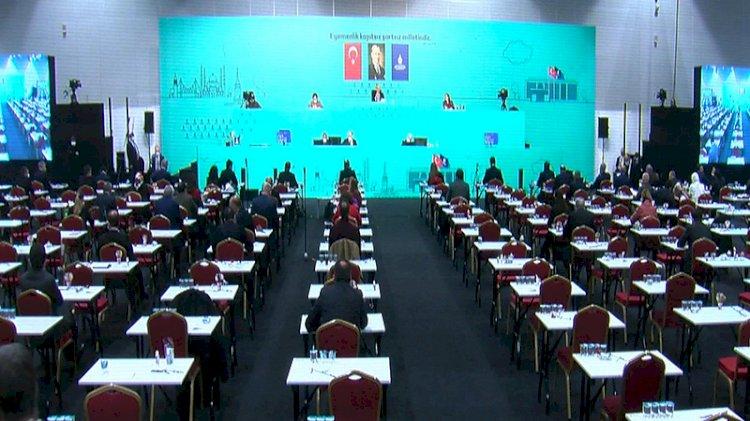 İBB Meclisi'nde Kadir Topbaş kararı ve HDP tartışması