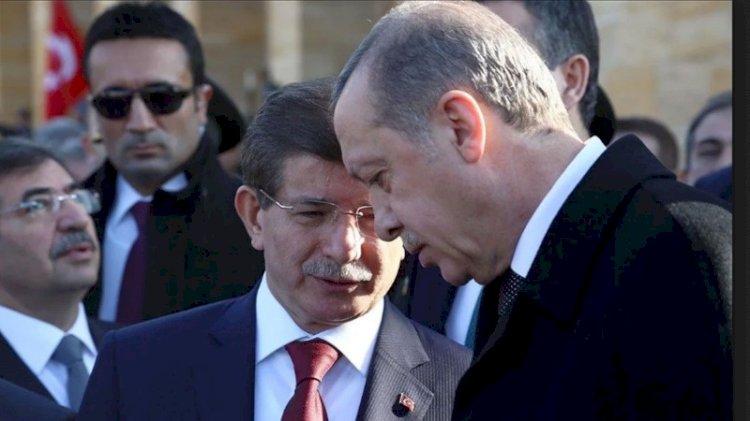 Erdoğan ile Davutoğlu Andımız'da buluştu!