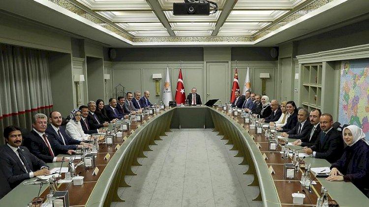 22 isim liste dışı! İşte AKP'nin yeni MKYK listesi