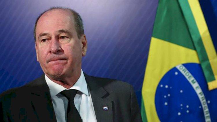 Brezilya'da Savunma Bakanı istifa etti