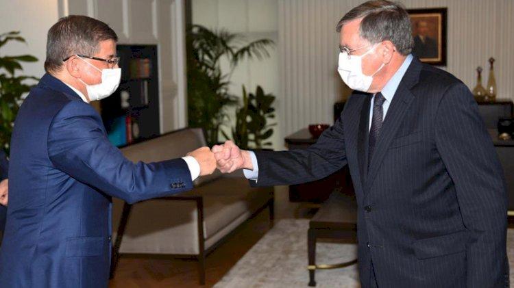 ABD Ankara Büyükelçisi Satterfield'dan Davutoğlu'na ziyaret
