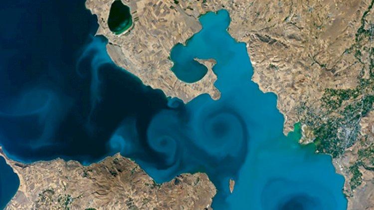 Van Gölü'nün uzaydan fotoğrafı, NASA'nın turnuvasında birinci oldu