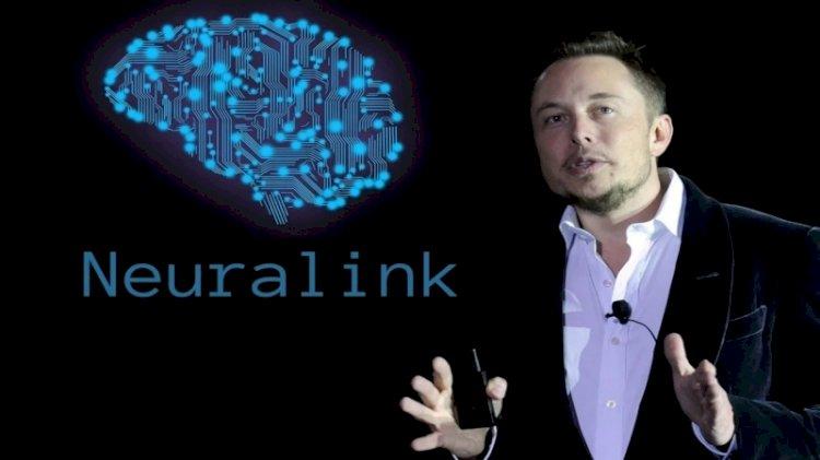 Elon Musk, insan beyninde denemek istediği çip için tarih verdi