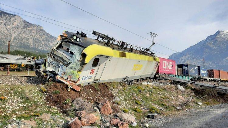 Adana'daki tren kazasının görüntüleri ortaya çıktı