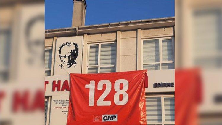 Edirne Valiliği, koronavirüsle mücadele gerekçesiyle afiş ve pankart asmayı yasakladı