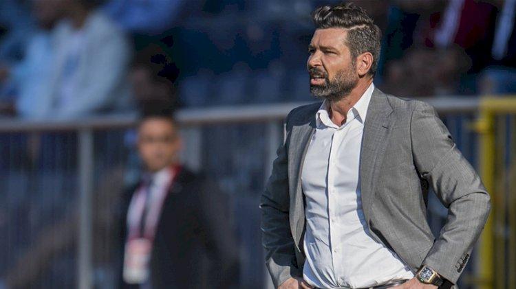 Süper Lig'de bir teknik direktör daha istifa etti