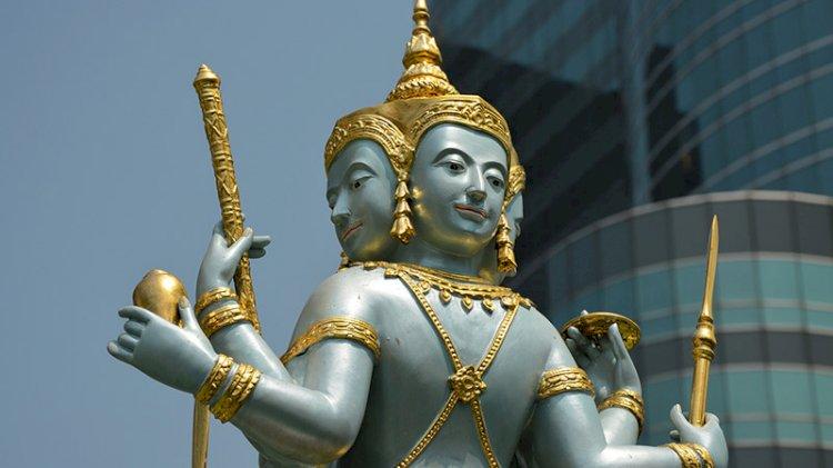 Buda'ya kendini adayan adam giyotinle kafasını kesti