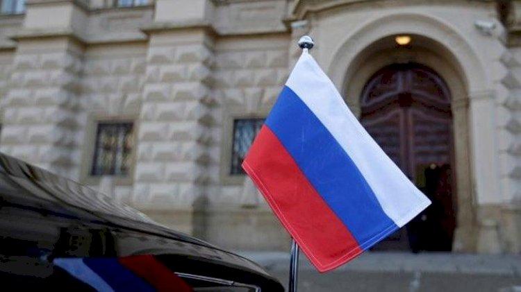 Çekya 63 Rus elçilik çalışanını sınır dışı edecek